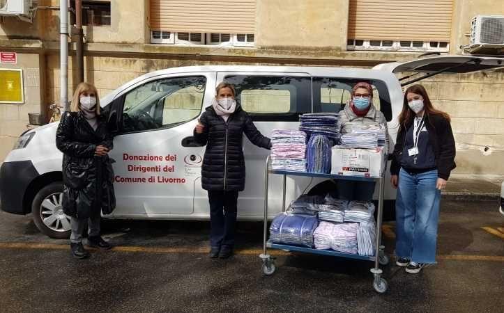 Inassociazione e Cure Palliative donano indumenti per i ricoverati