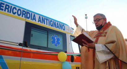 La Misericorcia di Antignano inaugura una nuova ambulanza (14)