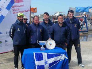 Vela: Il J24 La Superba della Marina Militare fa tris e vince il Trofeo J24 L.N.I. Livorno