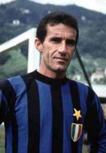 Armando_Picchi_con_la_maglia_dell'Inter