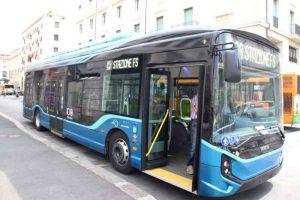 il nuovo autobus elettrico IVECO E-Way da 12 metri
