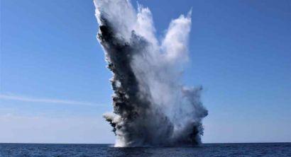 la Marina Militare fa brillare due mine della seconda guerra mondiale (1)
