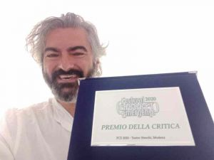 stefano santomauro Premio della Critica al Festival Nazionale della Comicità 2021
