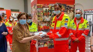 La famiglia Di Fazio dona un defibrillatore alla SVS