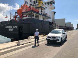 Nave detenuta battente bandiera bahamas