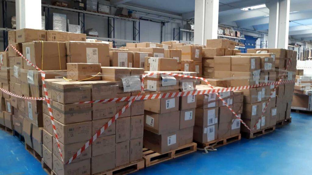 Sequestrati in porto 175mila apparecchiature elettroniche ed elettriche. Provenivano dalla Cina