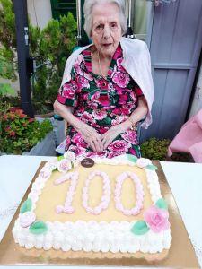centenaria Giovanna Capuis Meini
