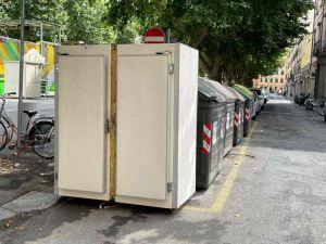 frigorifero_industriale_abbandonato
