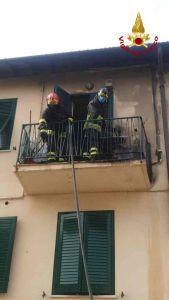 Antignano incendio su un terrazzo in via Don Renzo Gori