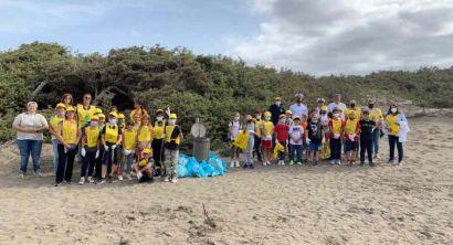 Bibbona, Puliamo il mondo, raccolti quasi 100 chili di rifiuti abbandonati (1)