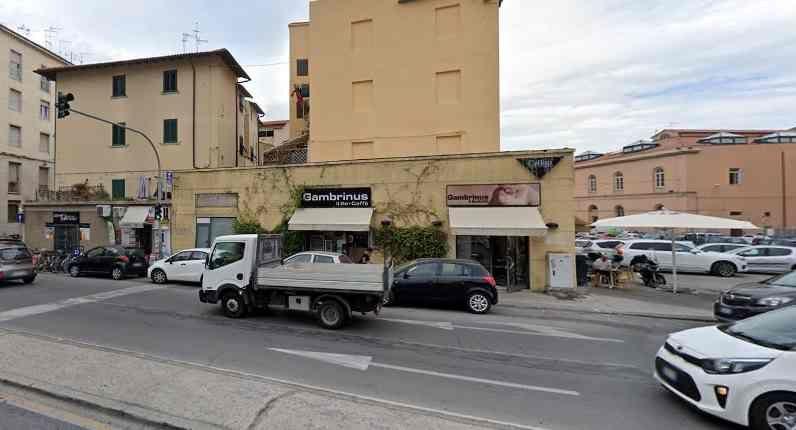Terzo furto da febbraio al bar Gambrinus in piazza del Cistornone
