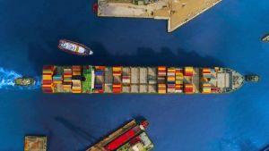 nave container porto