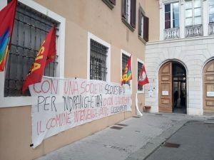 """Potere al Popolo: """"Il PD anche a Livorno si conferma nemico dei lavoratori"""""""