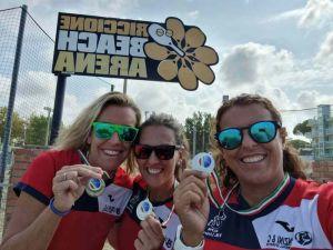 Argento per le agenti della municipale ai campionati italiani di Beach Volley